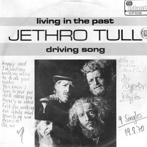 jethro_tull-living_in_the_past